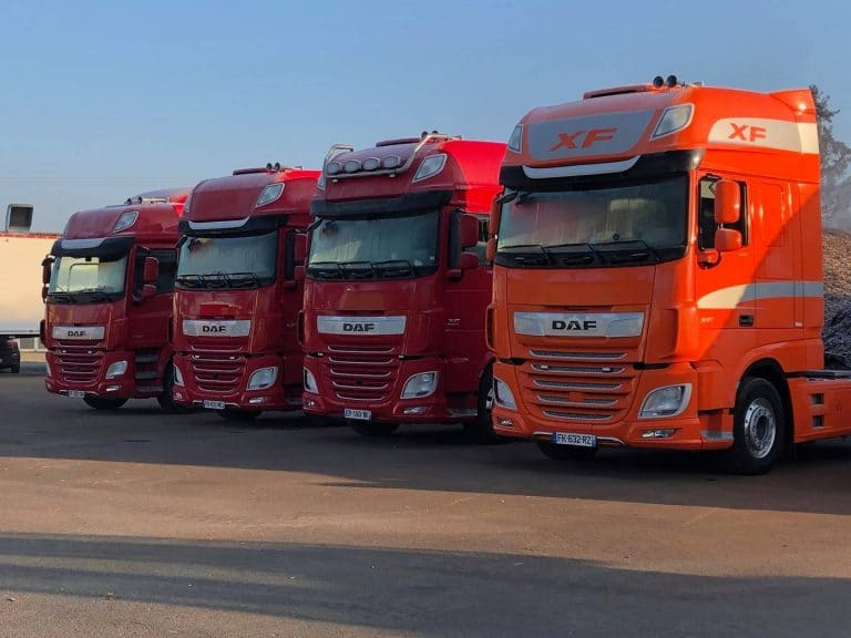 Livraisons de 3 DAF XF Euro 6 pour notre client Transports TBF